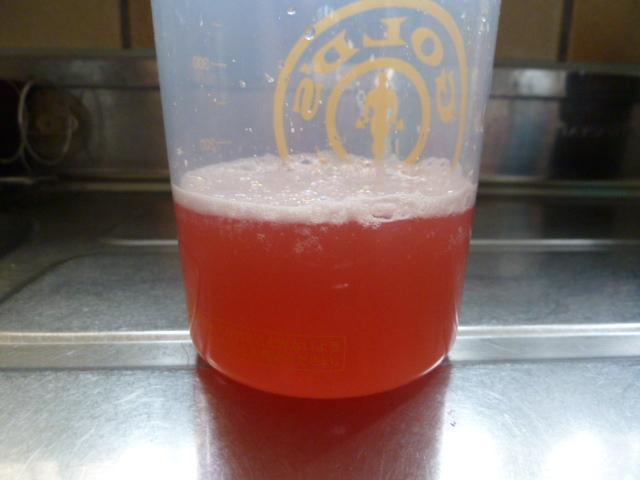 エクステンドウォーターメロン味を水で溶かす