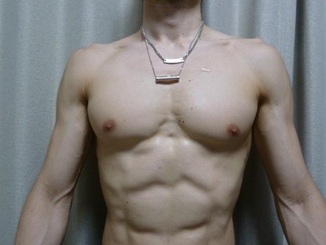 SEVとCHRIOのネックレスの違いを比較