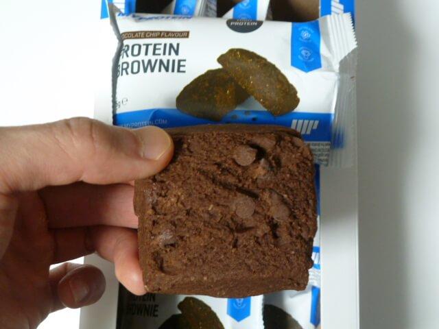 マイプロテインのプロテインブラウニー「チョコレートチップ味」をレビュー