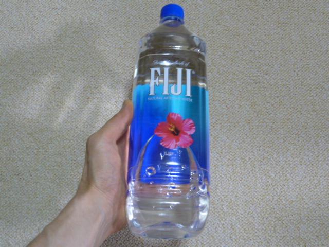 シリカ水フィジーウォーター
