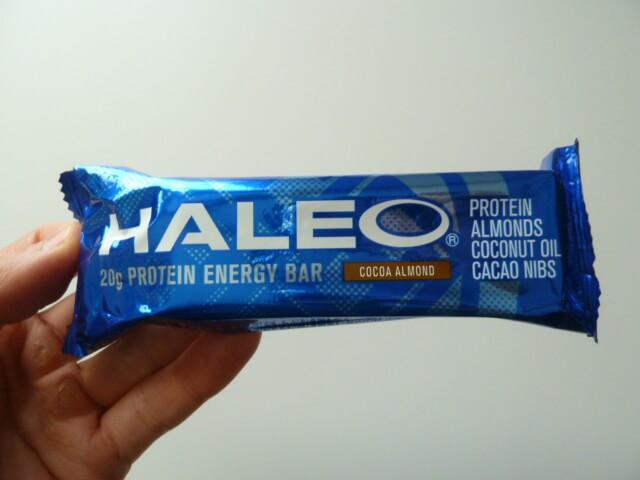 HALEOBARハレオバーのココアアーモンド味
